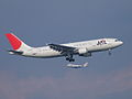 A300B4-600(JA8162) approach (422198276).jpg