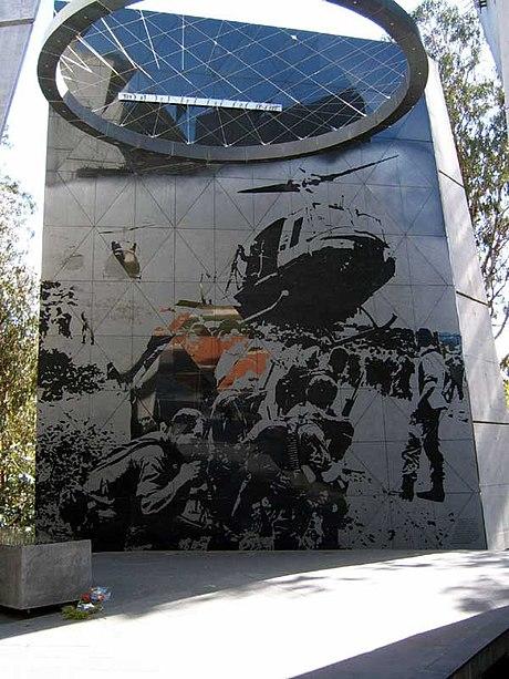 Les Australiens et la guerre du Viètnam . 460px-AS_Vietnam_2