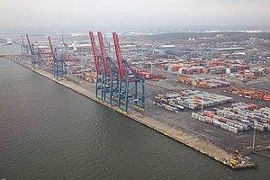 Port of Gothenburg - North side of the coastal part of the port, Skandiahamnen