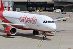 Air Berlin (Belair) Airbus A320-214 HB-IOR (30043160660).jpg
