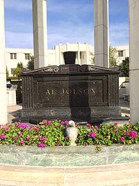 Al Jolson Grave.JPG