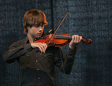Alexander Rybak on the 2011 rose march tribute in Oslo.jpg