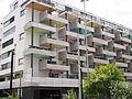 Altstetten Wohnhaus Balkon Farbe Bild 3.JPG