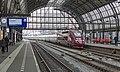 Amsterdam Centraal Thalys PBKA 4307 komt binnen als trein 9339 uit Paris Nord (24729071600).jpg