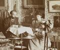 Anna & Hermann Muthesius trinken Tee, um 1900.png