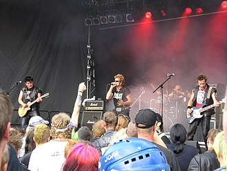 Anti-Nowhere League - Image: Anti Nowhere League 8 Augustibuller 2007