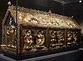 Arca di san servazio, legno, rame dorato, pietre preziose, gemme e smalti, 1160 ca. 01.jpg