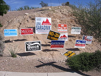 2006 United States House of Representatives elections - Campaign signs including for Graf (R), Giffords (D) and Quick (I)