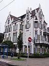 foto van Herenhuis 'Molendal' met hekwerk