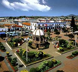 Atlacomulco Zócalo, Estado de México- Atlacomulco Zócalo State of Mexico (22960215500).jpg