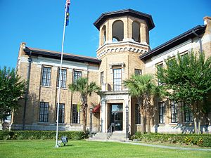 National Register of Historic Places listings in Polk County, Florida - Image: Auburndale FL city hall 01