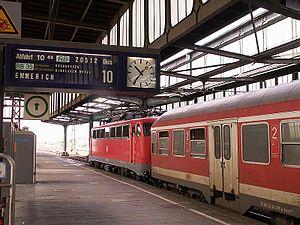 Duisburg Hauptbahnhof - Inside the station