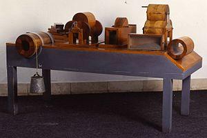 Banco per esperienze sull'attrito - Museo scienza tecnologia Milano 00392 05.jpg