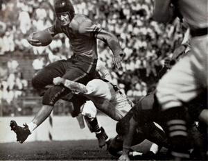 Banks McFadden - McFadden carrying the ball for Clemson against Tulane in 1939.