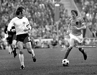 1974 FIFA World Cup Final - Franz Beckenbauer (left) and Johan Cruyff, keyplayers of Germany and Netherlands respectively
