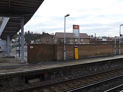 Belvedere railway station, December 2014 i03.JPG