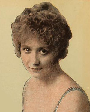 Bessie Barriscale - Barriscale in a photo from Moving Picture World (1917)