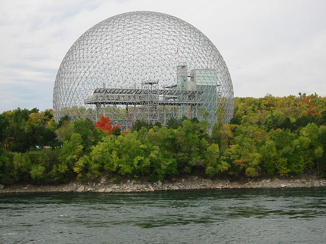 Биосфера Фуллера (Павильон США на Экспо-67, ныне музей «Биосфера» в Монреале, Канада)
