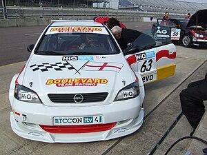 Martin Johnson (racing driver) - Image: Boulevard Team Racing Astra BTCC