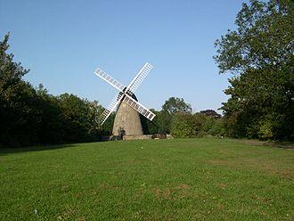 History of Milton Keynes - The windmill of 1815 near Bradwell village