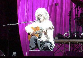 Angelo Branduardi in concerto a Napoli nel 2005