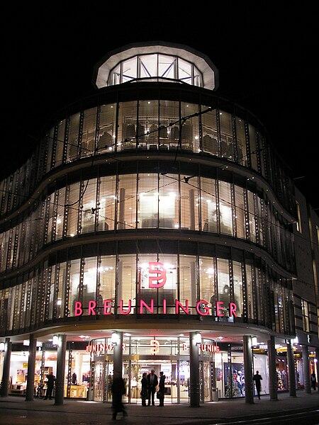 File:Breuninger Erfurt bei Nacht.JPG