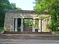 Buchenwald - Eingangstor Zum Mahnmal (Entrance to the Memorial Area) - geo.hlipp.de - 40227.jpg