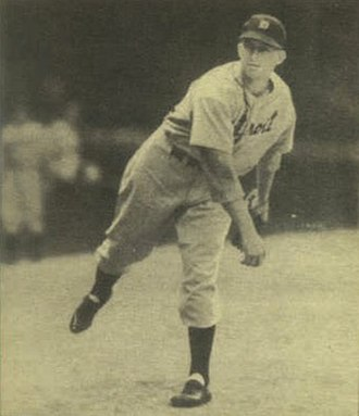 Bud Thomas (pitcher) - Image: Bud Thomas 1940 Play Ball card