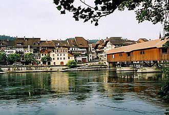 Büren an der Aare - View of Büren an der Aare from the opposite bank of the Aare
