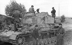 Bundesarchiv Bild 101I-087-3675A-18A, Russland, Panzer IV.jpg