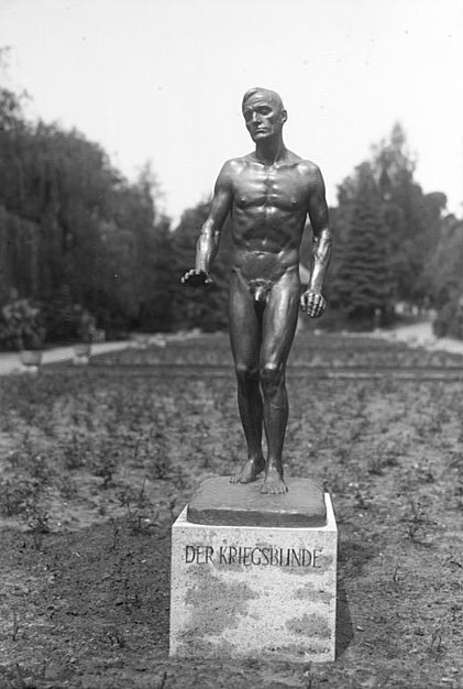 Datei:Bundesarchiv Bild 102-05919, Berlin, Denkmal für Kriegsblinde.jpg