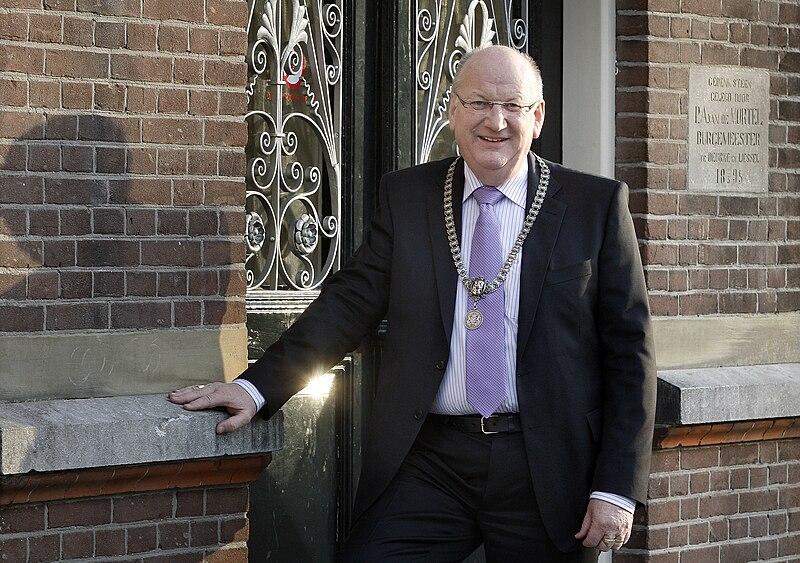 Bestand:Burgemeester Daandels Deurne 2.jpg