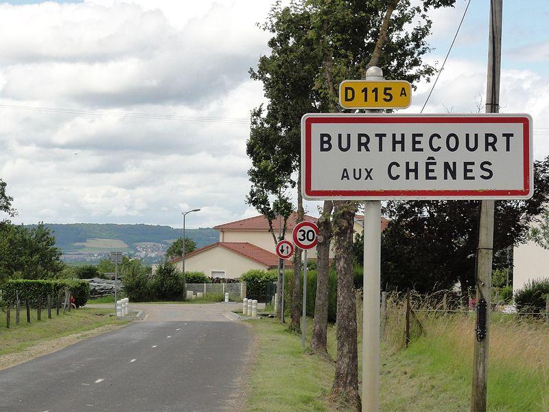 Burthecourt-aux-Chênes (M-et-M) city limit sign