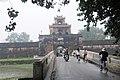 Cổng bên đại nội - panoramio.jpg