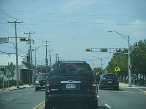 Ocean Drive (New Jersey) - Southbound on Ocean Drive (Cape May CR 621) in Wildwood at Baker Avenue.