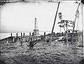 Captain Cook Monument. Kealakekua Bay, photograph by Samuel H. Davis.jpg