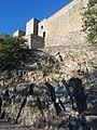 Castello di Lagopesole dal basso.jpg