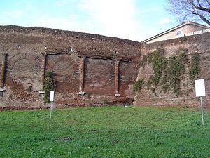 Amphitheatrum Castrense - The Amphitheatrum Castrense where it joins with the Aurelian Walls.