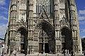 Cathédrale St Gatien2 vue partielle façade.jpg