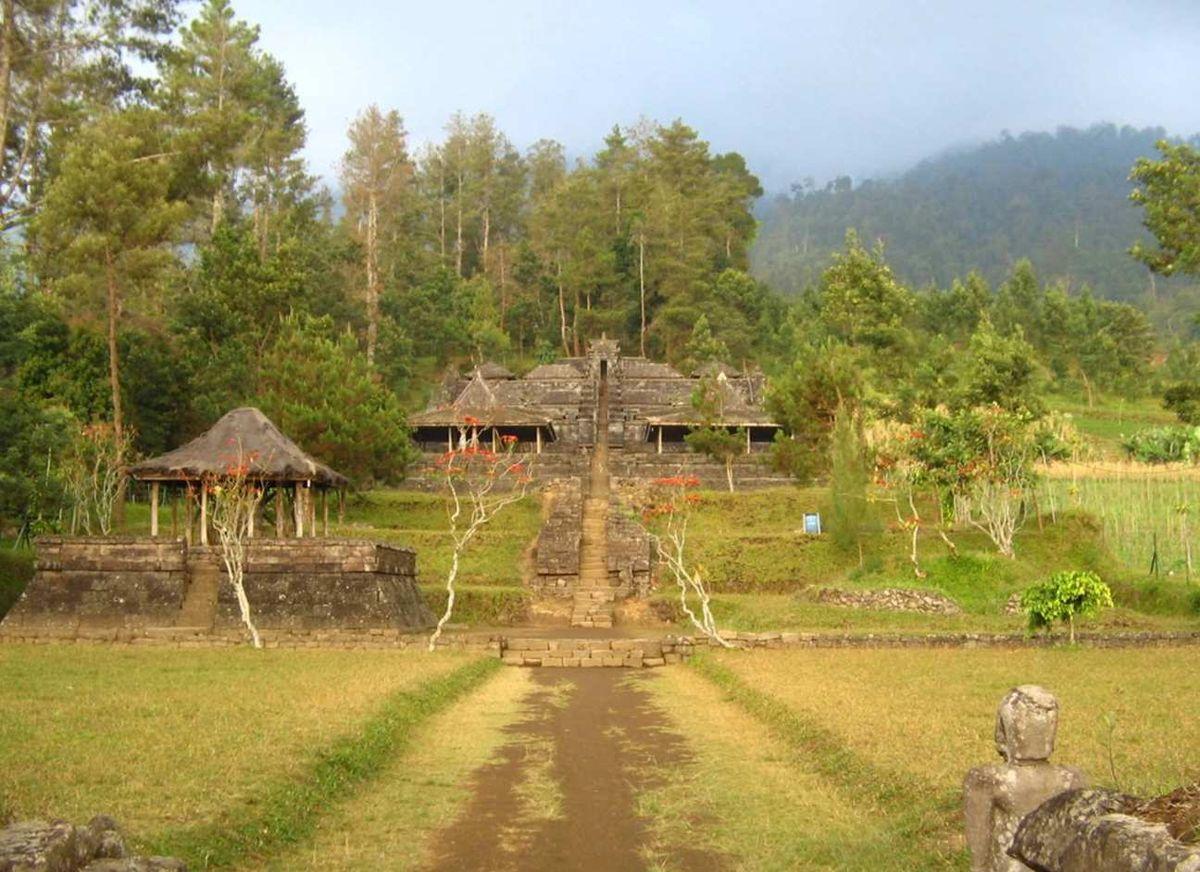 Candi Ceto Wikipedia Bahasa Indonesia Ensiklopedia Bebas