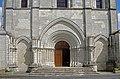 Châtillon-sur-Indre (Indre) (20670685984).jpg