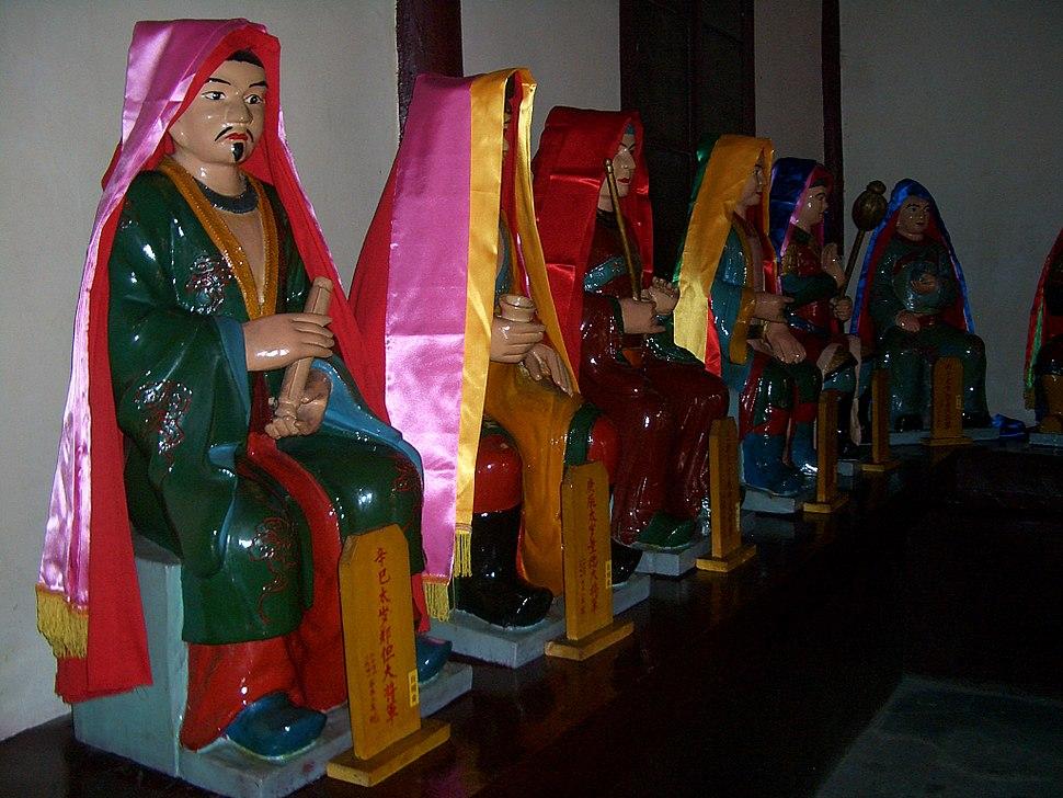 Changchun-Temple-Jiazi-Dian-a-row-of-Tai-Sui-0340
