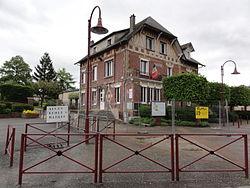 Charmes (Aisne) mairie.JPG