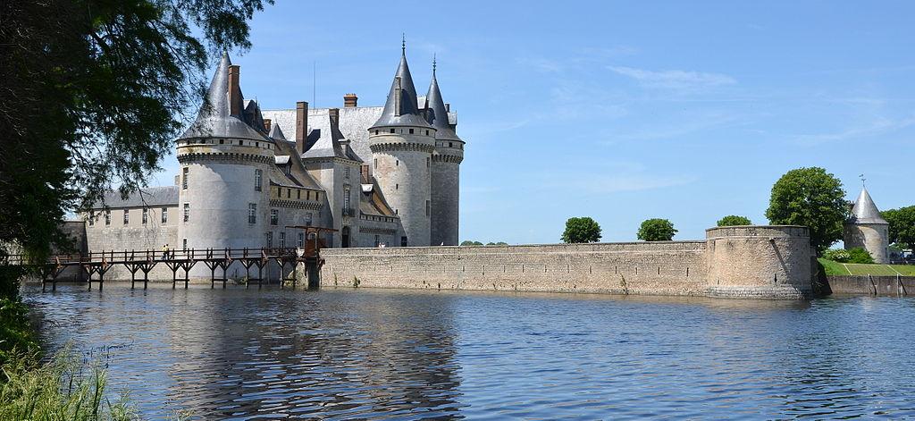 File chateau de sully dsc 0152 jpg wikimedia commons for Clair logis sully sur loire