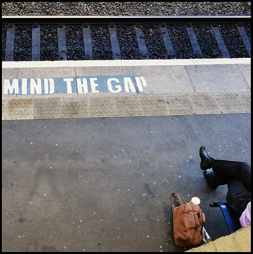 Cheltenham ... MIND THE GAP (6191889892)