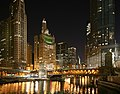 Chicago River night 2.jpg