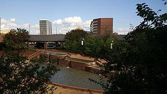 Columbus Ironworks - Image: Columbus Ironworks courtyard