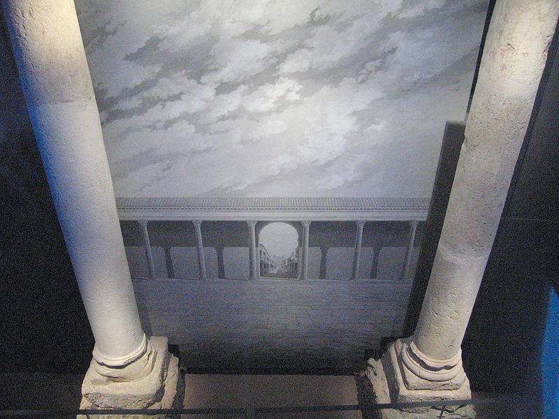 File:Columnes romanes valencia.jpg