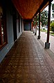 Corredores tipicos de viviendas de adobe en Abate Molina, Villa Alegre..jpg