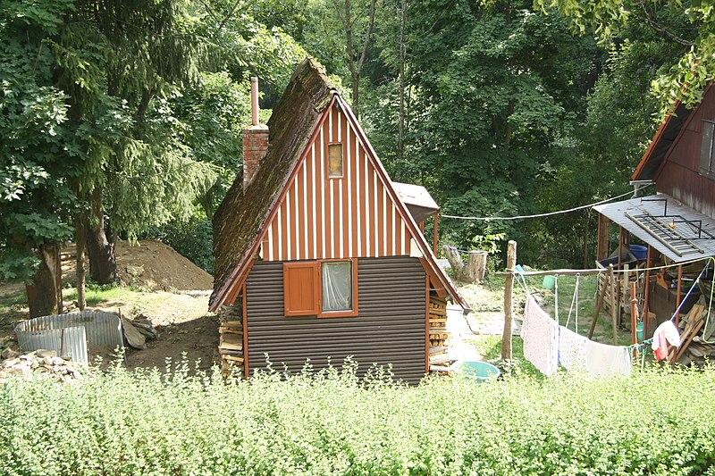 File:Cottage in Olešná, Kozlov, Havlíčkův Brod District.jpg
